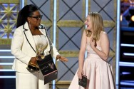 Serial The Handmaid's Tale Menang Besar di Emmy Awards 2017