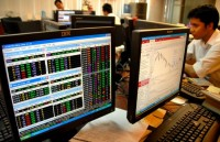 JCI Down 0.062% in First Session