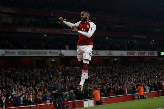 Lacazette Bawa Arsenal Taklukkan West Brom