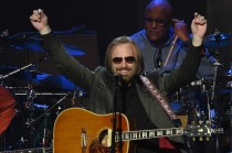 Rocker Tom Petty Tutup Usia
