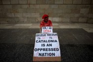 Crux Day for Spain as Catalan Leader Decides on Independence