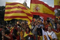 Catalan Leader Faces Heat on All Sides as Deadline Looms