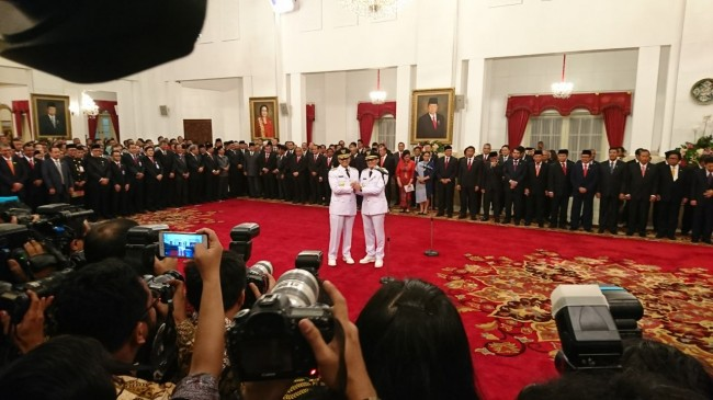 Jokowi Inagurates Anies Baswedan as New Jakarta Governor