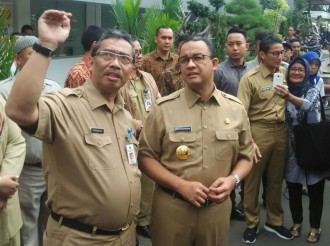 Anies Bergeming soal Reklamasi