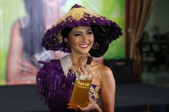 Kevin Liliana Bakal Jadi Mbok Jamu di Miss International 2017
