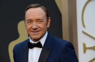 Kevin Spacey Comes Out as Gay, Apologizes after Misconduct Accusation