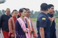 Myanmar's Suu Kyi Makes First Visit to Crisis-Hit Northern Rakhine