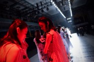 Di Balik Catwalk China Fashion Week 2017
