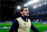 Casillas Rebut Penghargaan Golden Foot Award 2017