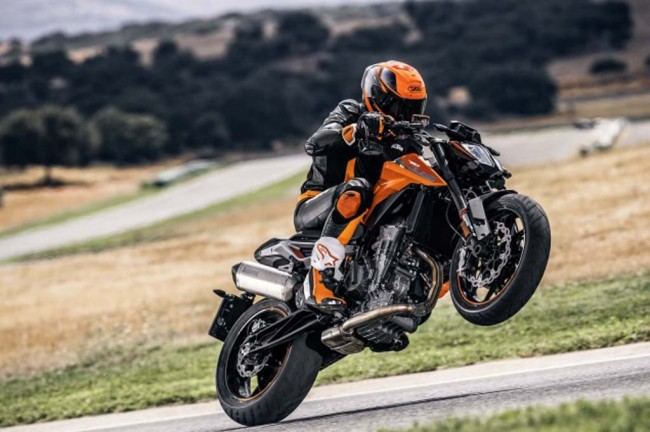 KTM 790 Duke, <i>Naked Bike Medium</i> Usung Mesin Baru