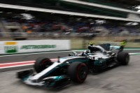 Hamilton Crash, Valtteri Bottas Rebut Pole Position GP Brasil
