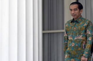 Jokowi Joins 20th ASEAN Plus Three Summit