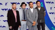 Fall Out Boy Rilis Video Musik Singel Terbaru