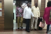 Mugabe Visits Singapore Hospital on First Trip since Ouster