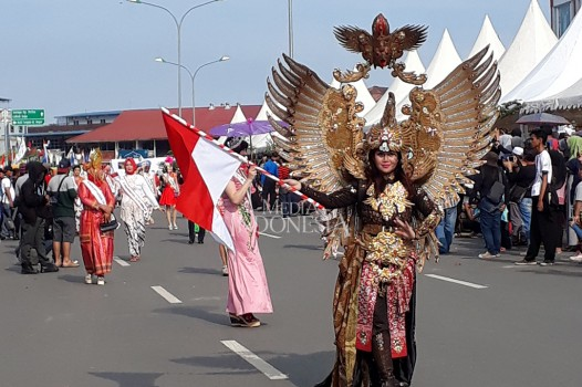 127 Kostum Warnai Batam International Culture Carnival