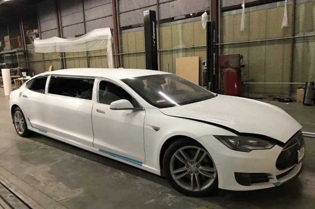 Tesla Model S Limusin Garapan Big Limos