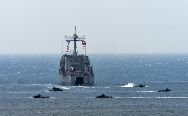 Taiwan Warns Chinese Military Drills Pose 'Enormous Threat'