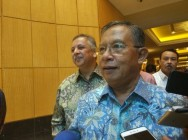 Kalla, Darmin Discuss E-Commerce Tax Scheme