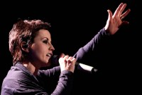Mengenang Dolores lewat 10 Hit The Cranberries