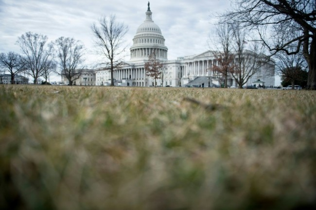 US Federal Employees to Return after Lawmakers End Government Shutdown