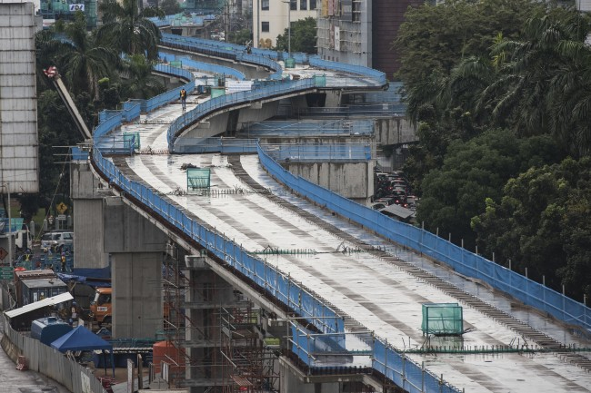 MRT Project to be Operational on Time: Jakarta Governor