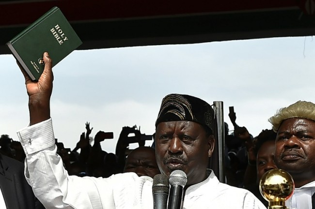 Kenyan Opposition Leader Odinga Sworn in As 'People's President'