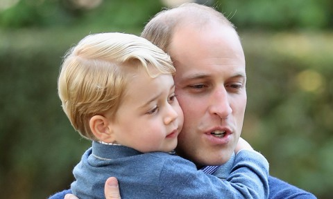 Pangeran William dan anaknya (Foto: gettyimages)