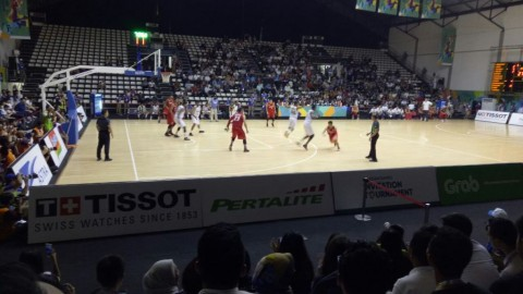 Suasana pertandingan Timnas Basket Indonesia vs India. (Foto: Medcom.id/Rendy Renuki)