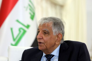 Iraq Aims to Raise Oil Output to 7 Million Barrels: Minister