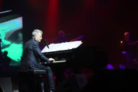 Konser Hitman: David Foster and Friends di Surabaya Penuh Kejutan!
