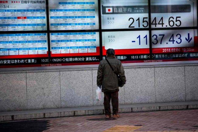 Asian Markets Plunge after Trump Trade War Fears