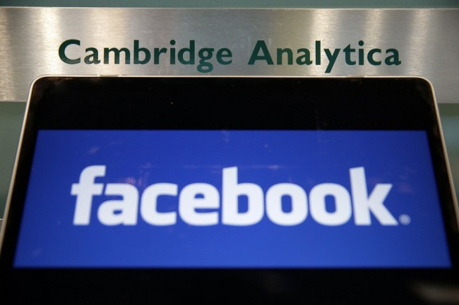Skandal Cambridge Analytica Bikin Saham Facebook Turun