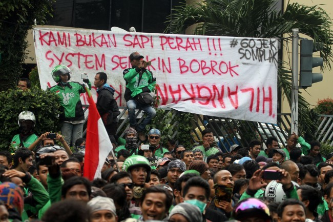 Online Motorcycle Taxi Drivers to Hold Rally in Central Jakarta