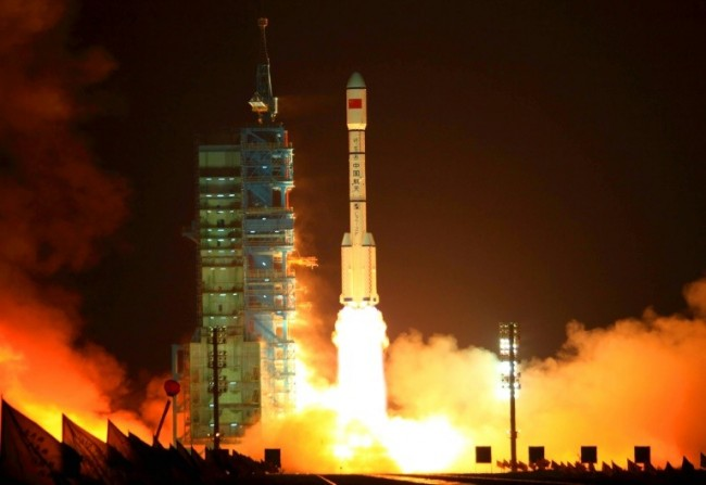 Earth-Bound Chinese Spacelab Plunging to Fiery End