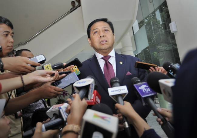 Presuctors Demand 16 Years Prison for Novanto