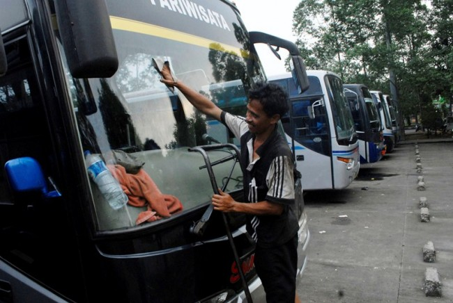 Government Prepares Free Buses for Eid Al-Fitr Traveler