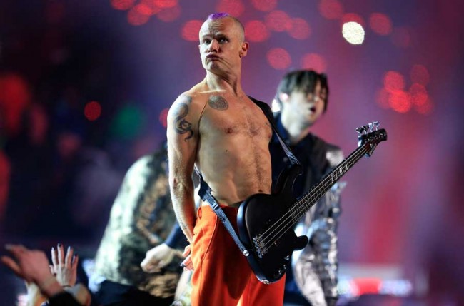 Pemain Bas Red Hot Chili Peppers Siap Rilis Buku Memoar
