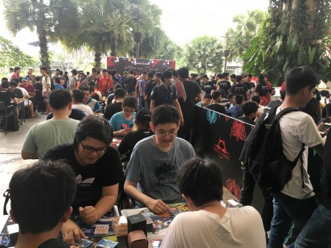 Pecinta game dan costum player berkompetisi di DigiPlay 2018, di The Breeze BSD, kabupaten Tangerang, Sabtu 14 April 2018.