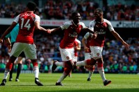 Arsenal Bantai West Ham United