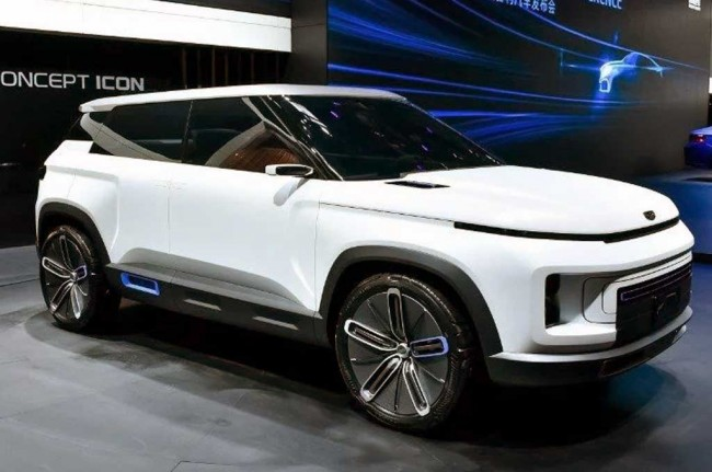 Icon, Konsep Crossover Geely Mejeng di Beijing