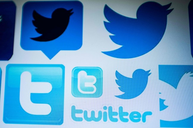 Twitter Jual Akses Data ke Peneliti Cambridge Analytica