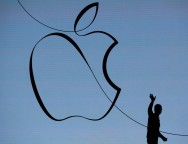 Apple Reports Higher Profits, Unveils Big Share Buyback