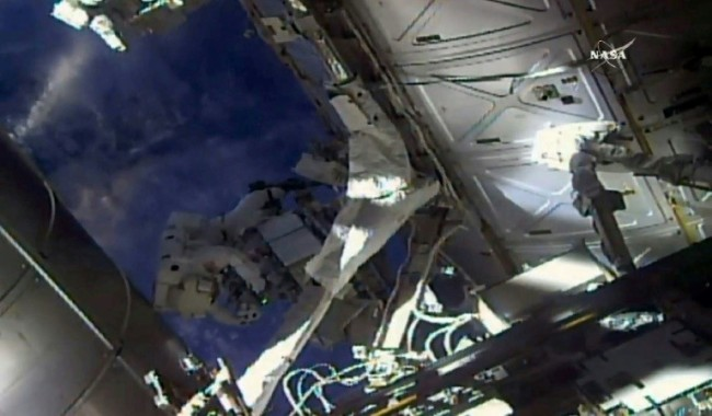 US Spacewalkers to Swap, Check Coolers 'Leaky' and 'Frosty'