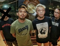 Rocket Rockers Ditinggal Sang Gitaris
