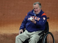 Mantan Presiden AS George HW Bush Dilarikan ke RS