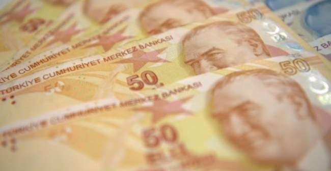 Turkey Hikes Interest Rate Again as Vote Looms