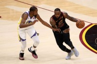 Kevin Durant Yakin LeBron James Takkan ke Warriors