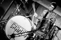 Drummer The Cramps Meninggal Dunia