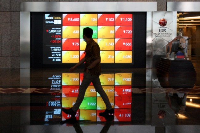 Indonesian Stocks Surge 1.08% in First Session