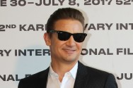 Jeremy Renner Bergabung ke Film Anti-Hero Spawn